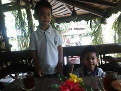Gaze morning (T Herry Soesanto) Tags: bukitlawang twinboys