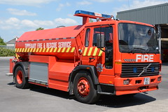 Tipperary Fire & Rescue Service 1999 Volvo FL6 18 MacCarthys WrC 99C12613 (Shane Casey CK25) Tags: tipperary fire rescue service 1999 volvo fl6 18 maccarthys wrc 99c12613 bulk water carrier tanker red truck lorry nenagh tn tango november emergency fbs engine brigade fighter man men station crew crewcab officer firebrigade fireengine fireman firemen firefighter firestation firebrigadesociety blue bluelights lights flashing siren sirens