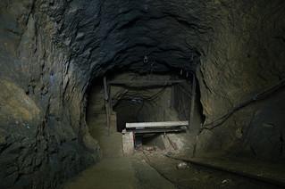 Shaft: Abandoned Mine