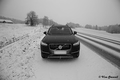 Volvo XC90 (VisaStenvall) Tags: canon eos 6d 24105 mm f4 l is usm norway sweden winter snow new volvo xc90 storm fall slippery road fog cloud clouds