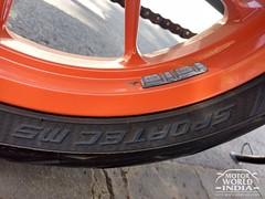 2017-KTM-Duke-390 (73)