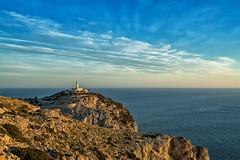 Mallorca | Cap Formentor 14 (Wolfgang Staudt) Tags: capdeformentor mallorca balearen spanien insel baleareninsel aussicht aussichtspunkte miradordescolomer abgelegen attraktion felsen bergig sonnenaufgang morgenrot rheinlandpfalz deutschland de