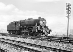 Class 5MT no. 44853. Cofton Hackett.  21 December 1963 (ricsrailpics) Tags: uk worcestershire coftonhackett railway steaemlocomotive exlms black5 460 lightengine 1963