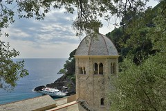 Monastero di San Fruttuoso, Camogli, Liguria, Italy April 1, 2017 591 (tango-) Tags: monastero monastery abbey sanfruttuoso liguria italia italien italie italy