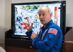 Astronaut Jeff Williams at National Park Service (NHQ201703230011) (NASA HQ PHOTO) Tags: washington usa usdepartmentoftheinterior nationalparkservicenps dc expedition48 jeffwilliams nasa aubreygemignani