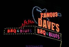 Famous Dave's BBQ & Blues (Rick & Bart) Tags: minneapolis mpls city twincities minnesota urban rickvink rickbart canon eos70d calhounsquare famousdavesbbq prince neon sign