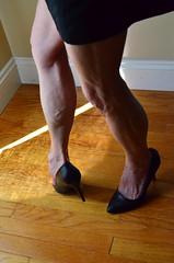 DSC_0106jj (ARDENT PHOTOGRAPHER) Tags: muscular flexing calves granny grannies skinnywomen highheels biceps