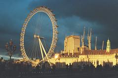 London (analoguesouls) Tags: london londoncity londoneye westminster bridge 35mm film filmisnotdead ishootfilm analogue rayzandvoort