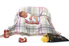 Diego (Eduardo Valero Suardiaz) Tags: retrato portrait sleep chips fritas patatas beer tin lata cerveza diego dormido sleeping madrid espaãƒâ±a
