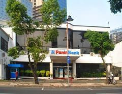 Bank Panin Tunjungan (Everyone Sinks Starco (using album)) Tags: surabaya eastjava building gedung architecture arsitektur office kantor
