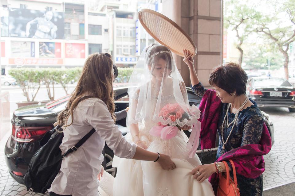 高雄婚攝 麗尊酒店 結婚迎娶特集 W & Y 097