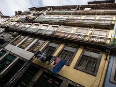 Porto - Portugal (Francisco (PortoPortugal)) Tags: 0922017 20170211fpbo4894 centrohistórico historicalcentre unescoworldheritagesite porto portugal portografiaassociaçãofotográficadoporto franciscooliveira