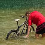 Lac de Nantua -  Vélo à l'eau thumbnail
