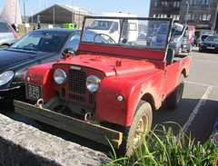 1952 Land Rover Series 1 (occama) Tags: 338scv land rover 4x4 old red british muddy open cornwall cornish series1 reg 1952