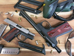 Kimber Solo Carry and Ruger Mark III 22/45 (CapCase) Tags: gun guns pistol pistols 22 9mm firearm semiauto case magazine markiii 2245 ruger solo kimber