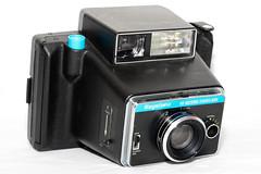 Berkey Keystone 60-Second Everflash Model 800 ([jonrev]) Tags: camera film polaroid weird model flash plastic pack ugly second instant keystone electronic 800 bizarre 60 ripoff sixty knockoff berkey everflash