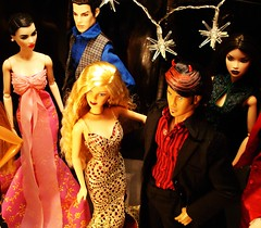 After-show party (Deejay Bafaroy) Tags: pink blue red portrait black rot fashion de toys doll dolls pierre barbie handsome rosa portrt blond blonde devil giftset blau fr damon opium schwarz mattel ayumi 007 miamivice dg homme jamesbond puppen sato integrity vries fr2 jasonwu kyori fashionroyalty dynamitegirls dynamiteboy ladythriller
