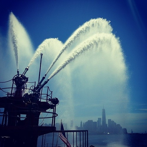 #Fireboat #engagement #grand #finale #Hudson