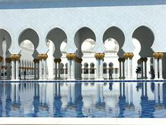 Courtyards of  the Grand Mosque (GottaSmile) Tags: dubai uae mosque abudhabi chandeliers unitedarabemirates workmanship grandmosque amazingbuilding marblemonument inlaywork sheikhzayedmosque goldleafwork beautifulstucture