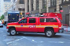 FDNY Battalion 1 (Triborough) Tags: nyc newyorkcity ny newyork gm manhattan chief pickup pickuptruck sierra firetruck fireengine odyssey fdny gmc lowermanhattan civiccenter 2500 firechief battalion 2500hd newyorkcounty newyorkcityfiredepartment battaion1
