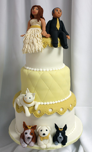 Bride Groom Pets Yellow Wedding Cake