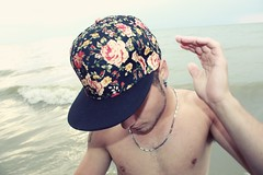 FLORAL HATS (s.murrell89) Tags: flowers roses music hot flower sexy male beach wet water floral hat fashion rose photography niagarafalls necklace cool model waves photographer canadian cap trendy stcatharines stylish justinbeiber smurrell