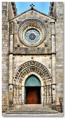 Fachada e portal ogival da Sé Catedral (vmribeiro.net) Tags: door portugal facade do entrance catedral sé castelo portal fachada viana gótico ogival dorway rosácea