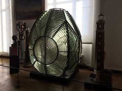 Système optique / lentille fresnel du phare d'Hourtin en Gironde (1950) - Musée de la marine à Paris (stefff13) Tags: musée marine paris phare lentille fresnel hourtin france