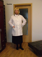 Housewife / Hausfrau (Daniela Hausfrau) Tags: housewife hausfrau housework housecoat hausarbeit kittel kittelschürze dederonkittel dederon devot schürze sissy sissygirl blouse bluse nylonkittel nylon nylonoverall apron smock tvgirl tranny tgirl transe submissive sub