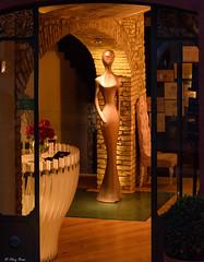 accoglienza marziana (Clay Bass) Tags: 12800 2485 monforte nikon d750 interior iso lights natural night restaurant