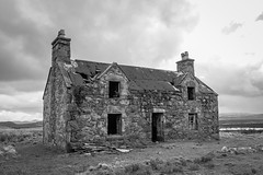 A Lewis House (kaifr) Tags: abandoned ruin architecture old house dilapidated deserted outdoor rural ramshackle building damage callanish scotland unitedkingdom gb monochrome blackandwhite