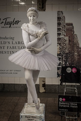 Ballerina Mime Dynamik Vision (misterperturbed) Tags: newyork grandcentralterminal