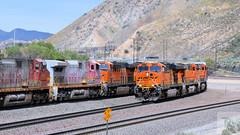 Meet at Cajon (rcz115.3803) Tags: cajonpass cajon es44dc bnsf trains