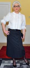 Ingrid023821 (ibach411) Tags: pleatedskirt faltenrock buttonthrough durchgeknöpft blouse bluse mature