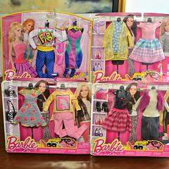 Barbie day looks. (morado enamorado) Tags: barbiedreamhouse dollshopping shoppingday dollgiftset barbieclothes fashionista modelmuse barbiebasics wardrobe mattel assortment toys lifeinthedreamhouse raquelledoll midgedoll nikkidoll summerdoll teresadoll springsummer fashion 16scale