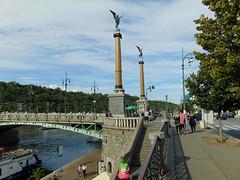 vltava (băseşteanu) Tags: praha ceska prague praga cehia rau river moldau capital