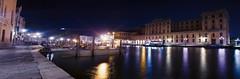 Venise by night - Italie (yvan642) Tags: italia italie lake water landscape venezia filtresnd photographiedenuit nightphotography photographeamateur lightroomcc photoshopcc2017 heurebleue bluehour venise poselongue longueexposure canon1740 canon7dmarkii