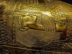 Closeup of engraving on King Tutankhamun's gold outer coffin New Kingdom 18th Dynasty Egypt 1332-1323 BCE (mharrsch) Tags: gravegoods gold pharaoh king ruler coffin tutankhamun burial tomb funerary 18thdynasty newkingdom egypt 14thcenturybce ancient discoveryofkingtut exhibit newyork mharrsch premierexhibits