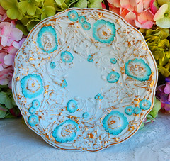 Meissen Porcelain Cabinet Plate ~ Embossed ~ Floral ~ Gold Gilt (Donna's Collectables) Tags: meissen porcelain cabinet plate ~ embossed floral gold gilt