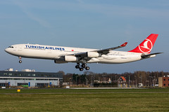 TC-JII - Turkish Airlines - Airbus A340-313 (5B-DUS) Tags: tcjii turkish airlines airbus a340313 a340300 a343 ams eham amsterdam schiphol international airport airplane aircraft aviation flughafen flugzeug planespotting plane spotting netherlands