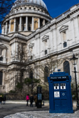 A TARDIS at St Paul's Cathedral (Ballou34) Tags: 2017 7dmark2 7dmarkii 7d2 7dii afol ballou34 canon canon7dmarkii canon7dii eos eos7dmarkii eos7d2 eos7dii flickr lego legographer legography minifigures photography stuckinplastic toy toyphotography toys stuck in plastic tardis doctor who police box blue st paul pauls cathedral londres england royaumeuni gb
