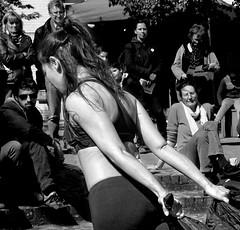 Textiles Dansés #1 ¬ 4059 (Lieven SOETE) Tags: 2014 bruxelles brussels art artistic 艺术的 kunst artistik τέχνη arte people human 人 menschen personnes persone personas young 年轻 junge joven jeune jóvenes dance 舞蹈 danse danza dança tanz танец dancer danseuse tanzerin moderne modern moderno moderna hedendaags contemporary zeitgenössisch contemporain contemporánea σύγχρονων 现代 corpo cuerpo corps körper body female woman frau weiblich kadın femme féminine mujer mulher donna женщина жена femminile девушка γυναίκα sensual 声色 sinnlich seductive verlockend verleidelijk tentador allettante sensuel sensuale