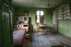 Green House (Městský průzkum) Tags: urbex abandoned villa green poland pl decay kitchen old pray god jesus hdr canon