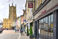 Town centre, Cirencester, Gloucestershire (Baz Richardson (trying to catch up again!)) Tags: gloucestershire cotswolds cirencester churchofstjohnthebaptistcirencester woolchurches englandsthousandbestchurches medievalarchitecture gradeilistedbuildings marketplacecirencester