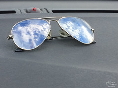 rayban (marco.fanchini) Tags: sunglasses rayban desaturation realcolors stilllife