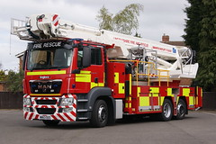 Lincolnshire - WN63OUS - Boston (matthewleggott) Tags: rescue man fire platform engine aerial lincolnshire service ladder alp appliance bronto angloco wn63ous