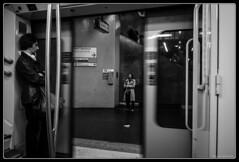 Le face à face (Maestr!0_0!) Tags: street urban white black train underground 1 xpro noir fuji metro rue blanc defense rer canndid