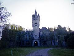 noisykleur3 (Natascha Mattens) Tags: urban castle abandoned dark dangerous belgium decay miranda chateau decayed noisy decaying urbanexploring urbex fairytalecastle chateaunoisy