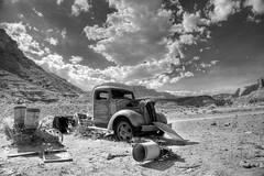 _MG_9407_6_8_tonemapped (Sean Vallely) Tags: arizona utah desert navajo desertcar