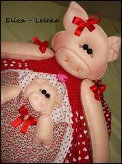 detalhes (Eliza de Castro) Tags: bolo cobre porquinha cobrebolo decoraodecozinha kitdecozinha cobrebolovaquinha